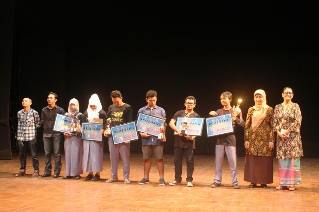 isi-surakarta-Festival Teater 2013-1